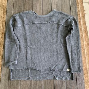 Rip Curl size S gray hi/lo sweater open back